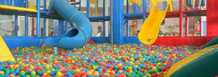 Chiquipark para adultos en madrid para volver a sentirse ni o for Piscina bebes madrid